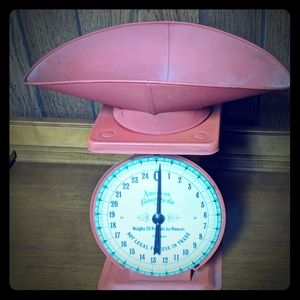 Antique-Style kitchen scale